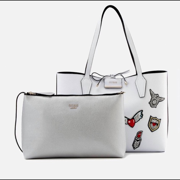 Guess Women s Bobbi Reversible Tote - White Black d62cfd86d7b39